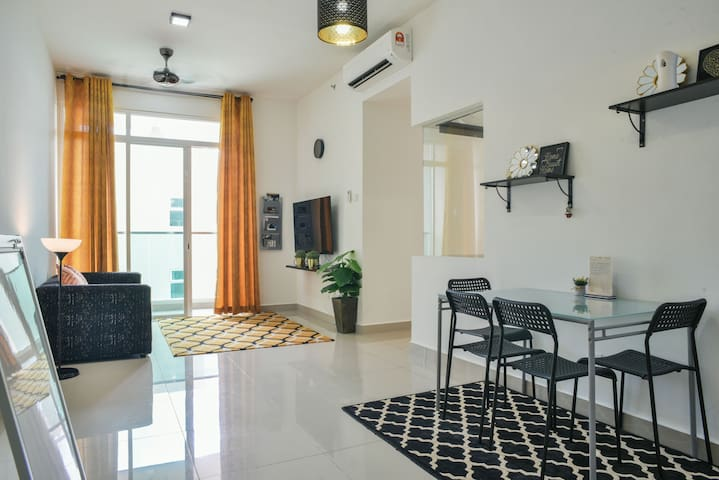 Modern, Cozy & Spacious Apartment in Cyberjaya