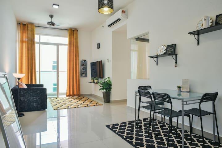 Modern, Cozy & Spacious Apartment in Cyberjaya