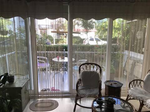 Bahçe, balkon, güneş alan odalar, merkezi, sessiz