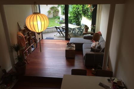 Nice spacious room in a cosy house - Leuven - House