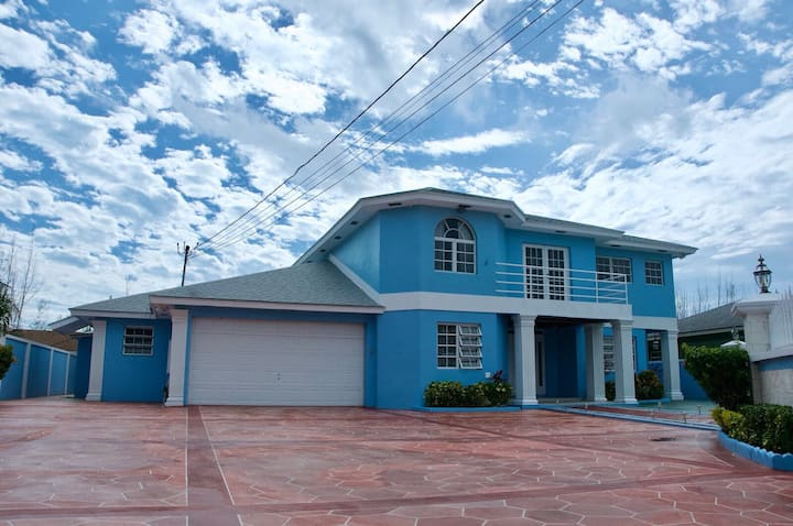 The Blue Mansion Bahamas