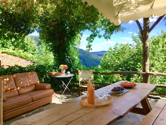 Charming vacation house in Ardeche, France
