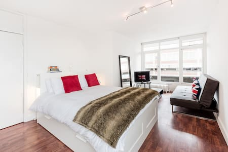 Modern studio/ Soho/ London - London - Apartment