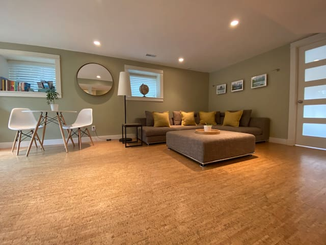 Large, Modern & Private Space