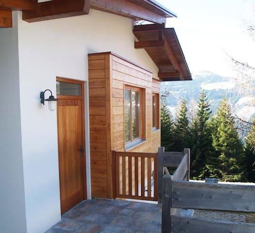 Charming Alpine Chalet Bernadette - Klippitztörl - Huis