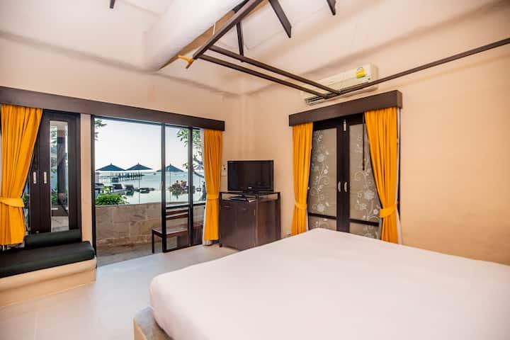 Punnpreeda Beach Resort  Deluxe Villa
