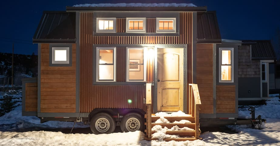 Try-on Tiny Home Living at Tiny Timbers Resort