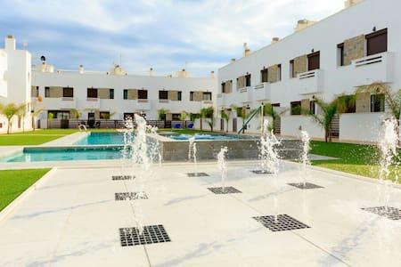 Luxury house with 3 Bedroom and roof terrace - Torre de la Horadada - Casa