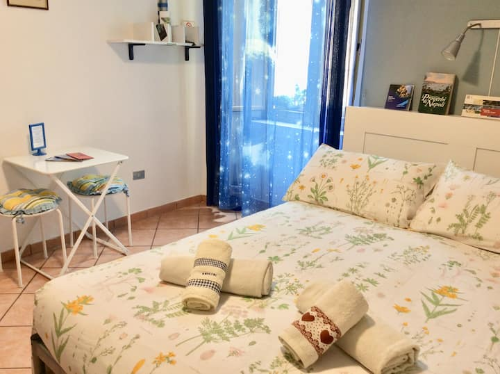 Cozy Room in the City Center - B&B Sant'Elmo Blu