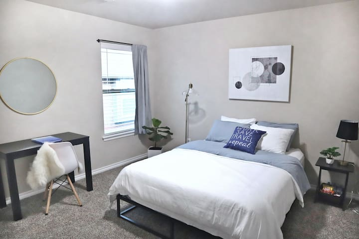 Modern 1 BR w/Queen Bed, Spacious Home near NCED