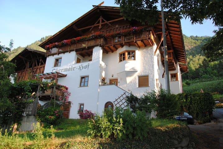 Obermairhof in Partschins - Ferienwohnung Nr. 2 - Parcines - Feriehus