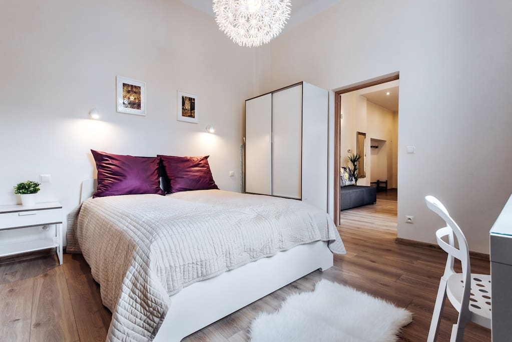 Lovely and fully furnished bedroom