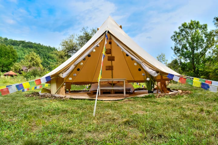 Go Glamping in rural Romania!