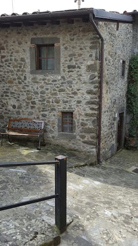 Antico metato ristrutturato - Tereglio - Casa