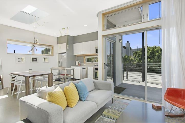 Modern Venice Beach Loft