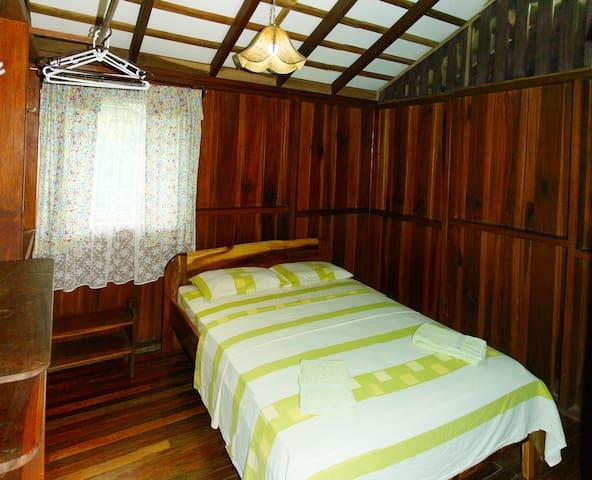 Cabina Iguana 3a - Cahuita - Rumah