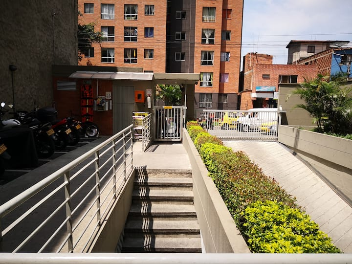 Apartamento cercano a la  Universidad de Antioquia