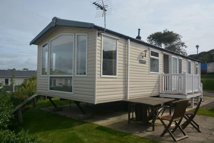 Oceanview, Prestige luxury caravan, sleeps 6