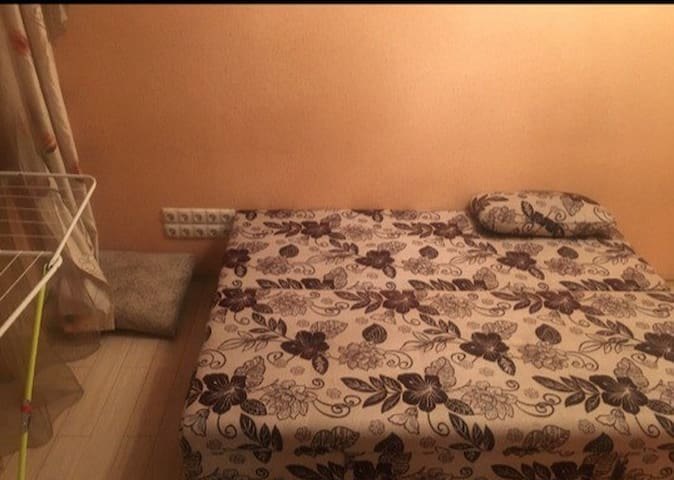 сдам комнату в двухкомнатной квартире !