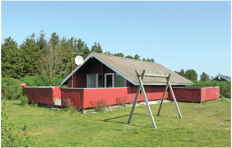 Holiday cottage with 3 bedrooms on 76 m² in Vejers Strand