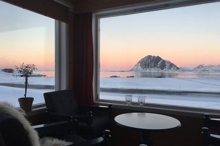 House by the sea, Lofoten