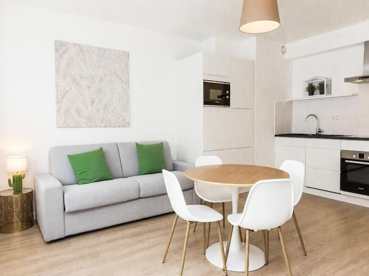 Mos� - Beautiful 1bdr for 4, EU District Brussels