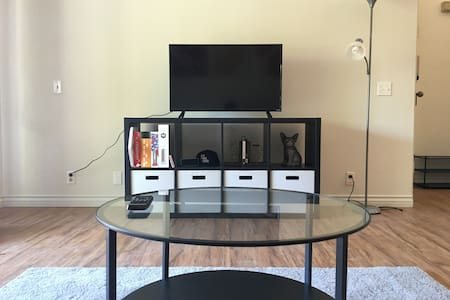 Sunny Cali -Entire Apt for Rent in Quiet Community - Pomona - Apartemen