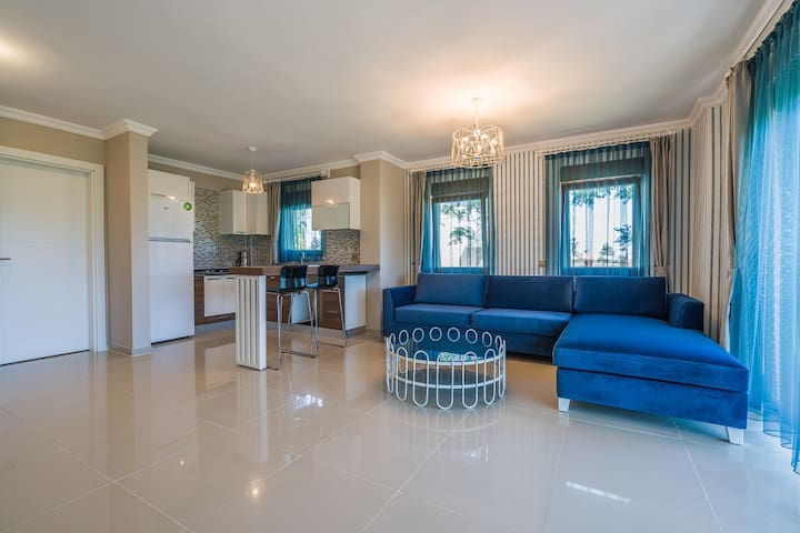 One Bedroom Apartment in Private Summer Residance