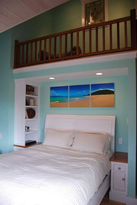 Bedroom facing the sunsets