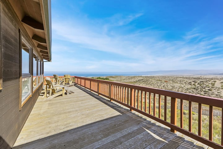 Dog-Friendly, Oceanfront Home with a Private Hot Tub - Next to the State Park!