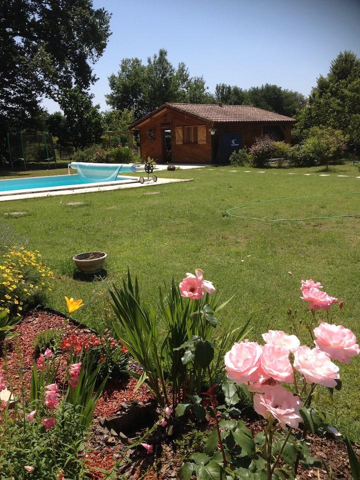 Chalet  4/5 personnes avec accès piscine