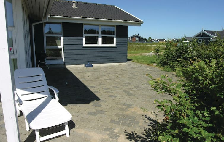 Holiday cottage with 3 bedrooms on 94m² in Otterup