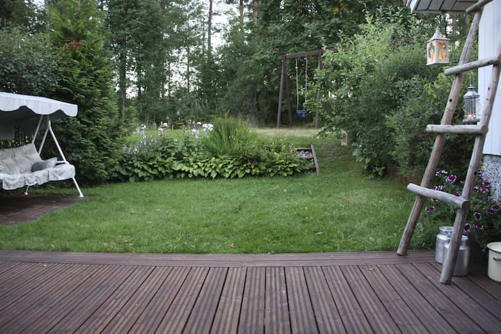 Relax in 84m2 row house apt with terrace & sauna