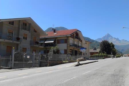 val po ,paesana , appartamento in zona centrale - Paesana