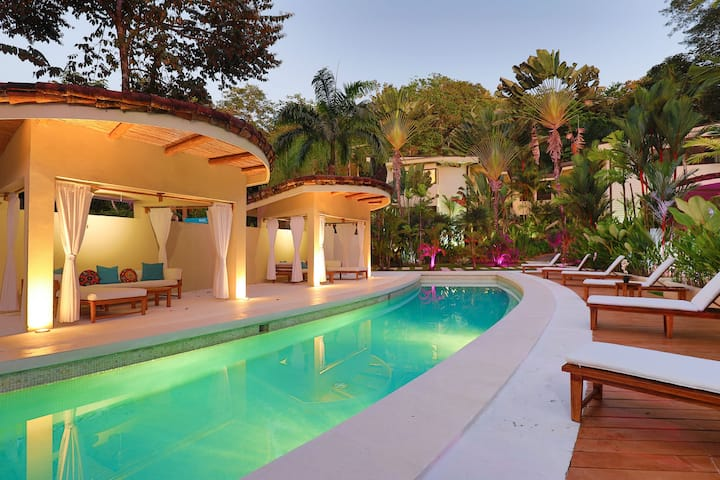 Villa Capuchin Rainforest Sanctuary, 3 Beds, Pool