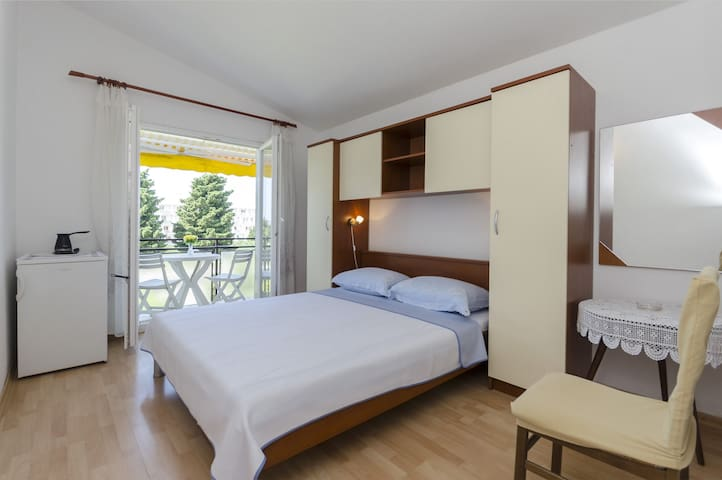 Room, in Vodice, Balcony