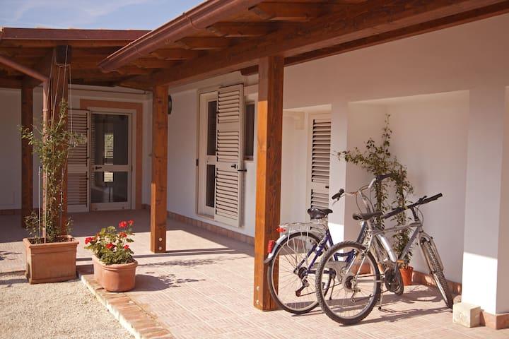 portico e bici
