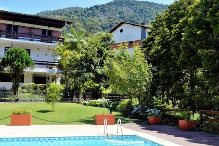 Deliciosa casa na Serra de Teresópolis !