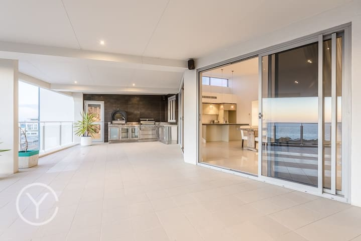 Ocean views - bliss! - North Coogee - Apartment