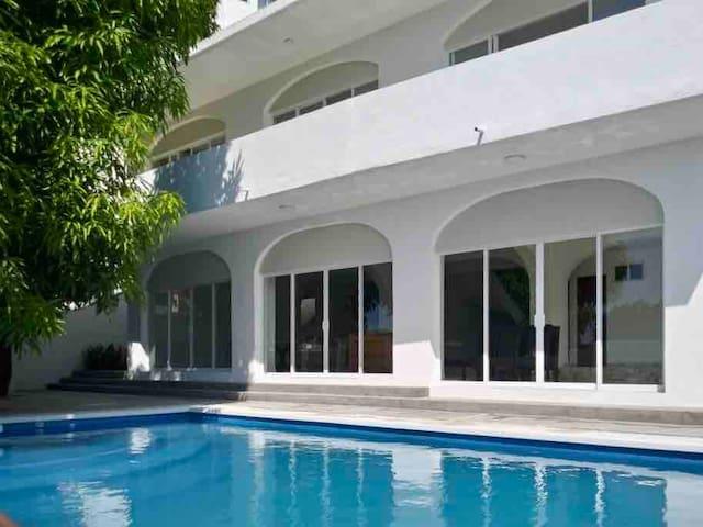 Casa Privada en Acapulco. Montecarlo
