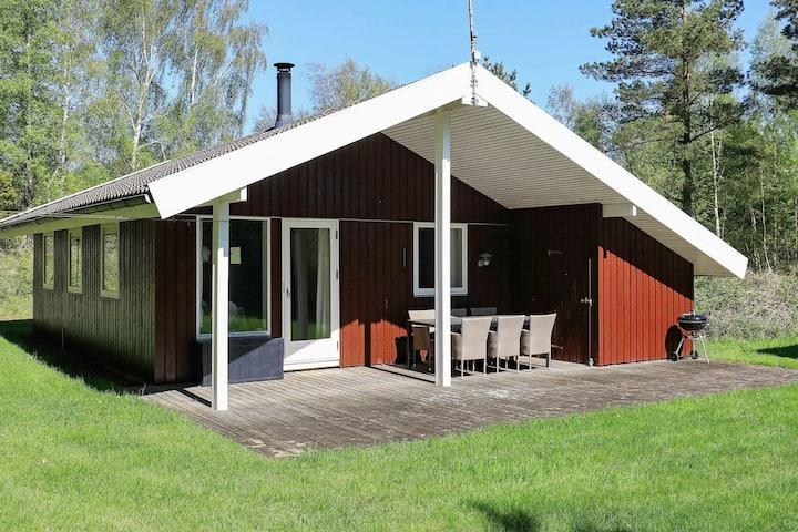 Cosy Holiday Home in Læsø near Sea