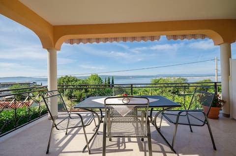 One bedroom Apartment, in Crikvenica, Terrace