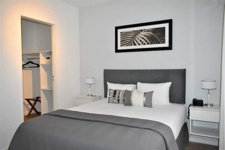 ★★★★★ Brand New Remodeled Suite Apt in Recoleta