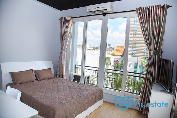 Nice apartment with balcony in D.3 - Ho Chi Minh City - Leilighet