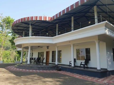 Thodupuzha,karimkunnam stay in secinc house safely