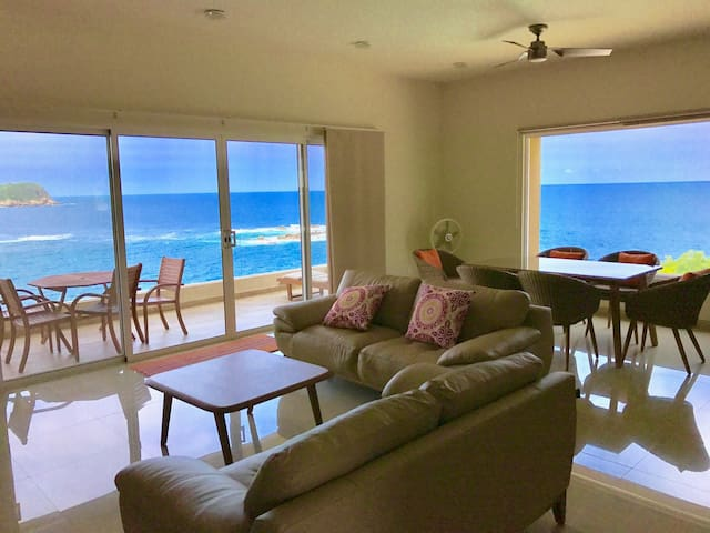 Breathtaking Oceanfront, 2 Pools, WiFi 24hSecurity