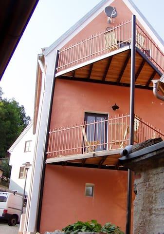 gemütliche Wohnung in der Nähe von Regensburg