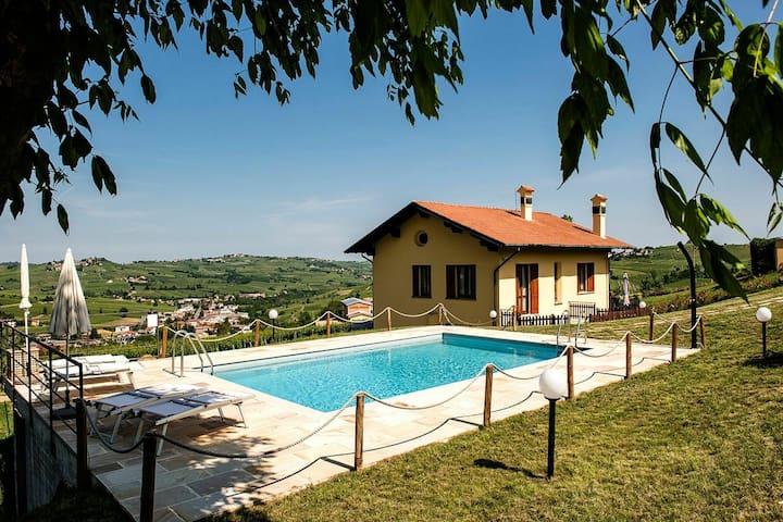 Apartamento moderno en Santa Maria della Versa con piscina