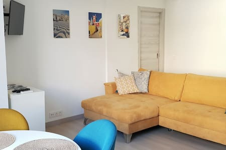 Stunning Newly Refurbished flat in Cascais