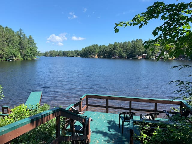 Belleau Lake Waterfront, Family and Pet Friendly!